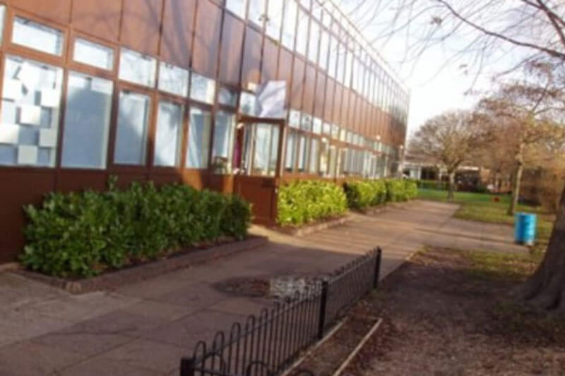 De Lucy Primary School